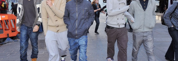 X FACTOR'S ONE DIRECTION SHOPPING IN CONVENT GARDEN