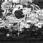 Apple Tag Graffiti Wallpaper