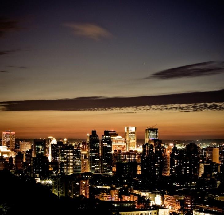 City wallpaper at night