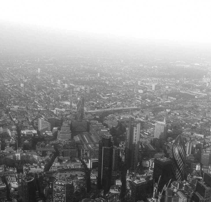 Black & White London Wallpaper