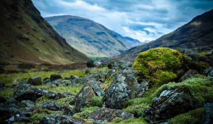 A Scottish valley wallpaper