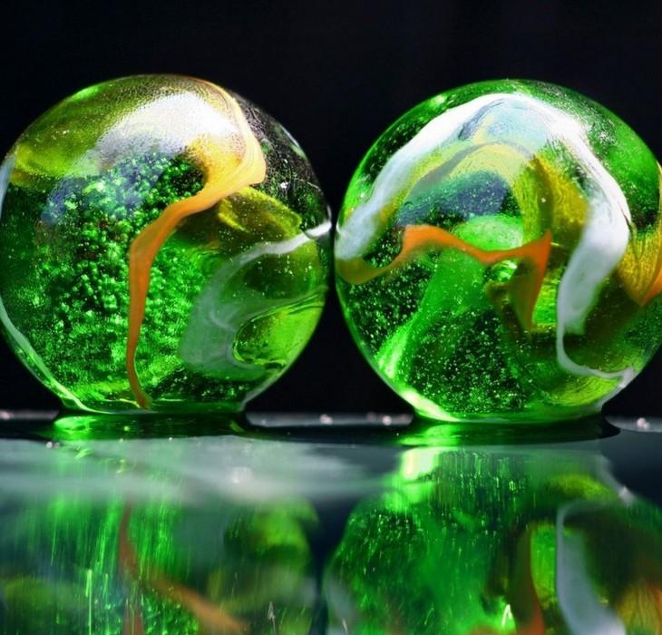 Cool 3D Green Balls
