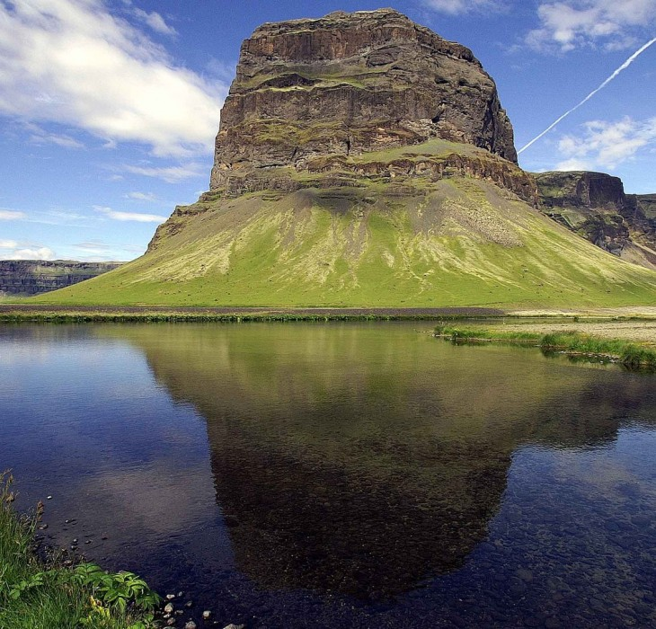 Lake and Mountain Landscape Wallpaper